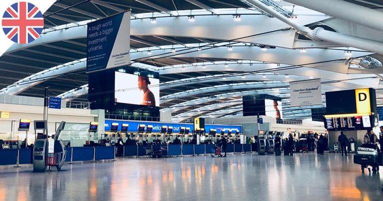 Intérieur d'un aéroport britannique