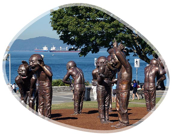 Statues A-maze-ing Laughter à Vancouver au Canada