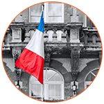 Bâtiment officiel avec le drapeau tricolore français