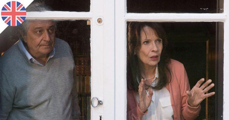 Les acteurs Christian Clavier et Chantal Lauby dans le film : Qu'est-ce qu'on a encore fait au bon Dieu ?