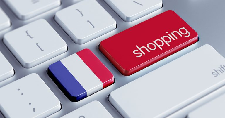Clavier ordinateur avec 2 touches drapeau français et shopping