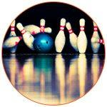 Quilles et balle de bowling