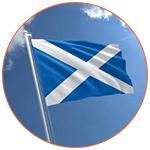 Drapeau écossais flottant au vent