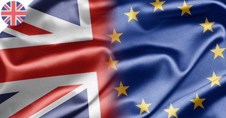Les drapeaux du Royaume-Uni et de l'Europe