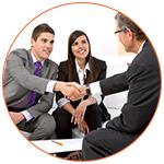 Réunion équipe validant un projet de business