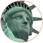 Gros plan sur la tête de la statue de la liberté à New York (USA)