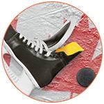 Patin à glace pour hockey avec drapeau du Canada.
