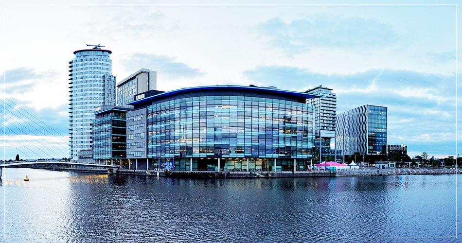 Immeuble moderne à Manchester (UK)