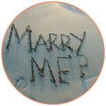 Inscription dans le sable : Marry Me ?