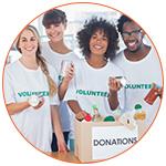 Jeunes bénévoles lors d'un évènement