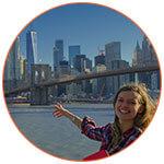 Laurène Hamilton, guide touristique, lors d'une visite guidée à New York