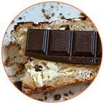Tranche de pain avec une barre de chocolat - French Radar