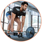 Sportif en pleine séance de musculation