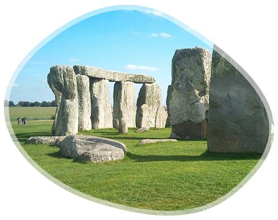 Stonehenge, site préhistorique dans les plaines de Salisbury
