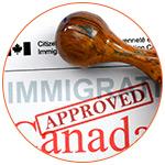 Document des services de l'immigration canadien avec tampon