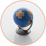Globe terrestre miniature avec un pansement