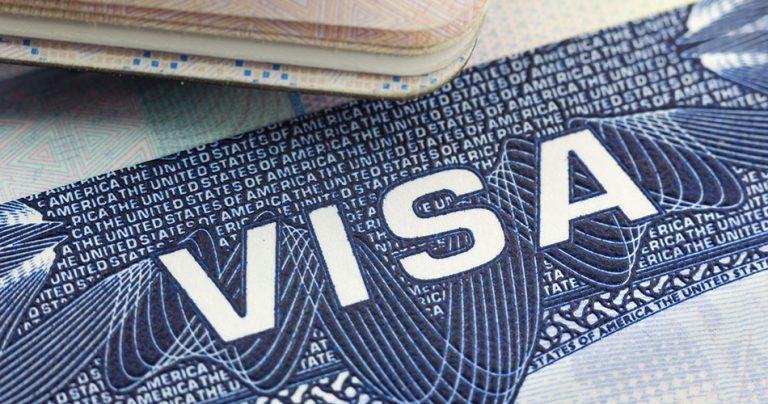 Zoom sur un document de demande de VISA
